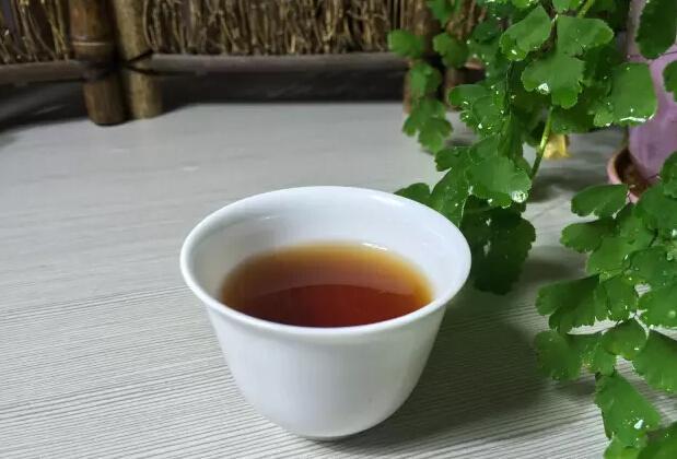普洱熟茶究竟放几年才好喝?