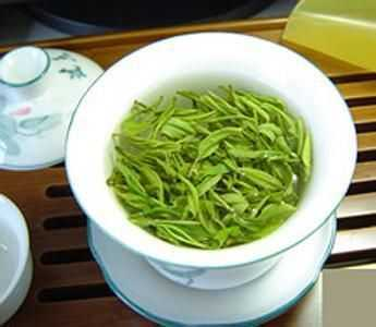 <a href=http://www.chayu.com/baike/165 target=_blank >铁观音</a>是绿茶吗