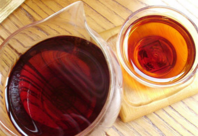 冰岛干仓普洱熟茶与湿仓茶的区别