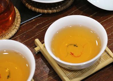 生熟普洱茶哪个减肥
