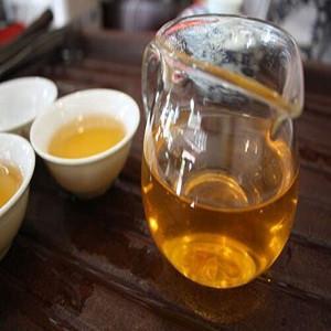 普洱生茶能喝吗?