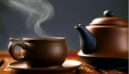 紫砂壶泡普洱茶