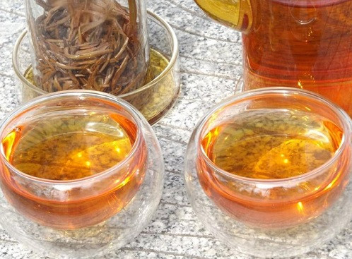 正山<a href=http://www.chayu.com/baike/19 target=_blank >小种红茶</a>贵吗