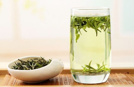 白茶什么季节喝好